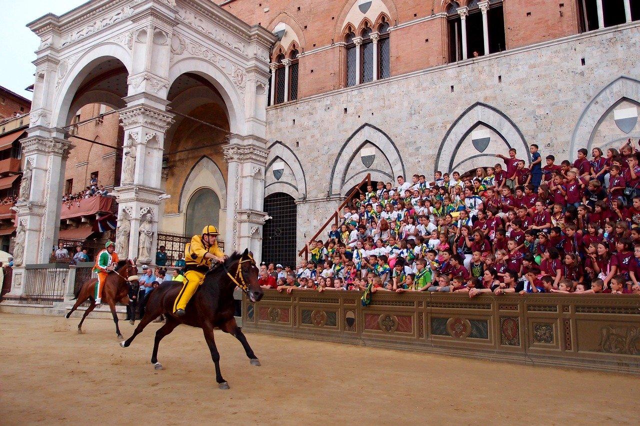 siena horse races palio